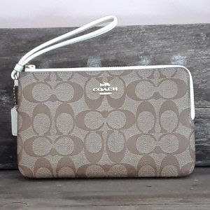 NWT Coach Signature Double Zip Wristlet